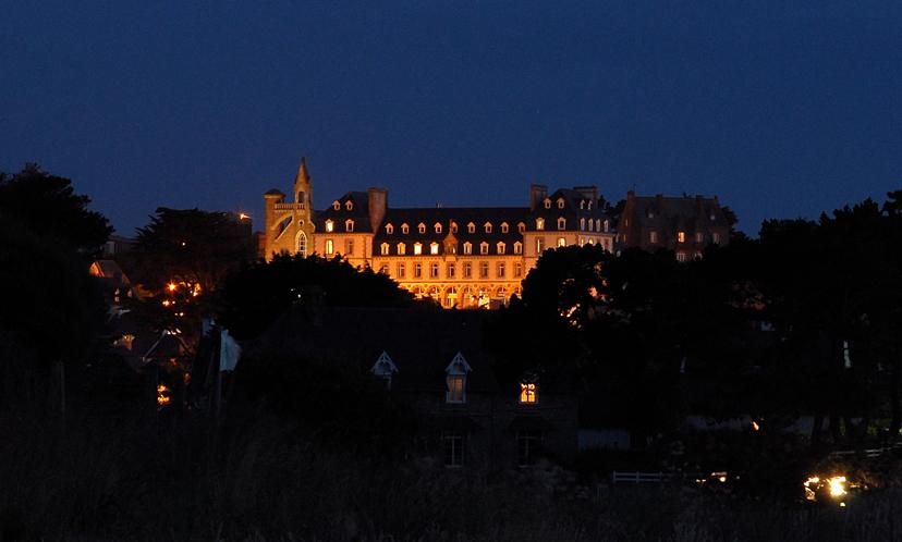 Photo n° 12 Trégastel - Le Castel Sainte Anne - Formule PCDP  (Club en Location)